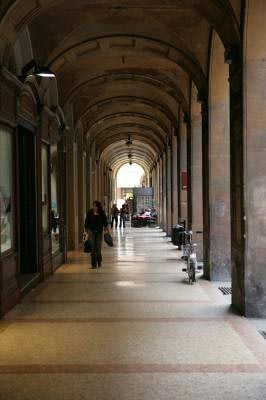 an arched way corridor in florence