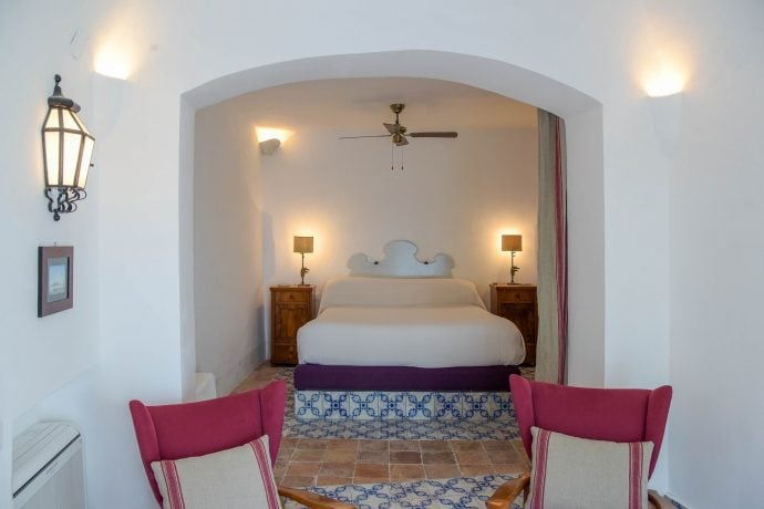 Master bedroom in holiday villa in Amalfi