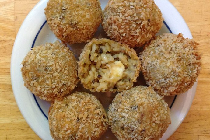 Arancini balls stuffed with Mozzarella