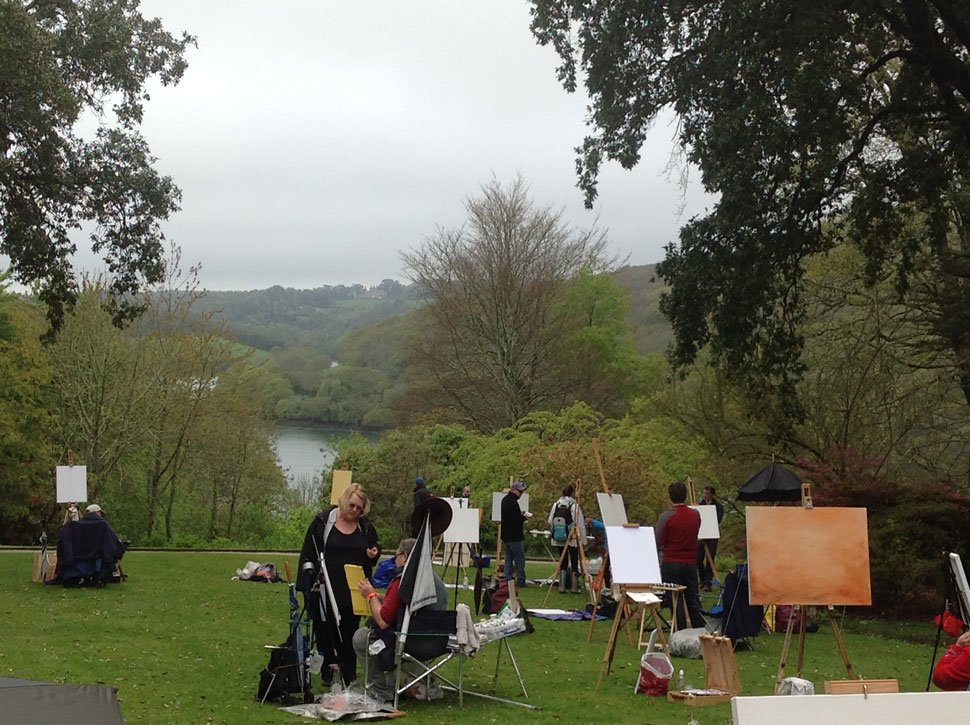 painting-competition-contestants-in-devon