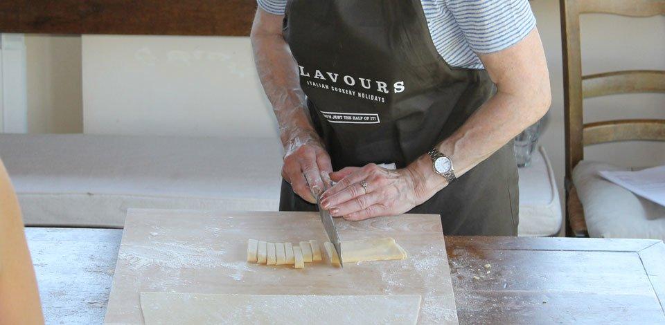 cutting-pasta-dough-into-shape