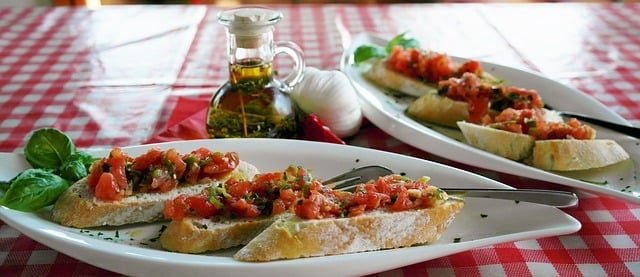 Delicious bruschetta with tomatoes and olive oil