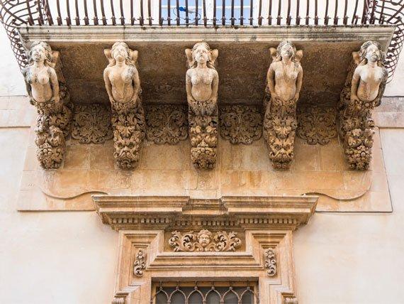 Sicily Guest Photo Balcony Shot