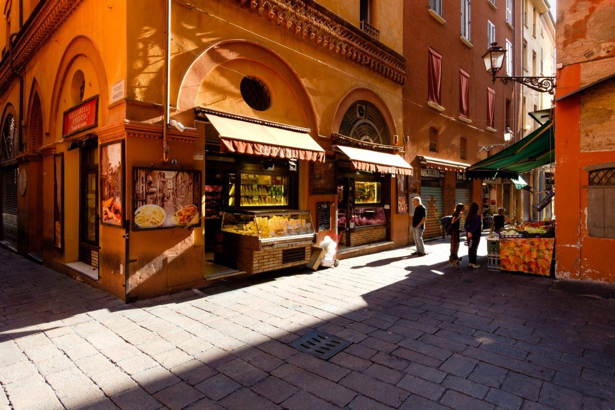 Local life in Quadrilatero, Bologna
