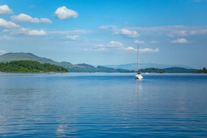 Boat on loch lomond