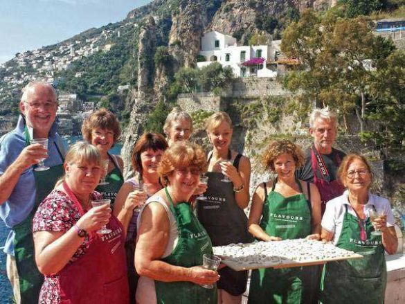 Solo traveller group presenting Italian pasta.