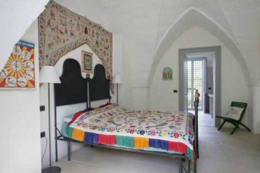 Comfortable double bed in puglia venue